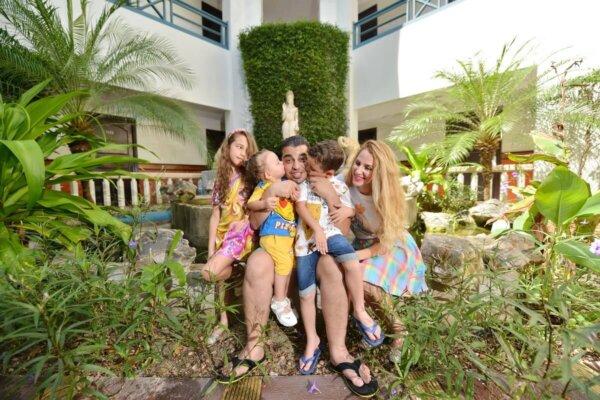 Phi Phi Family Photoshoot